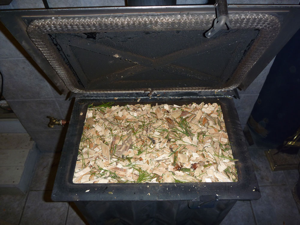 Sedore Biomass Stove - Wood Chips