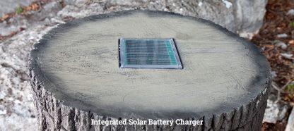 NATURE BLINDS Big Oak Wildlife Feeder - solar charger