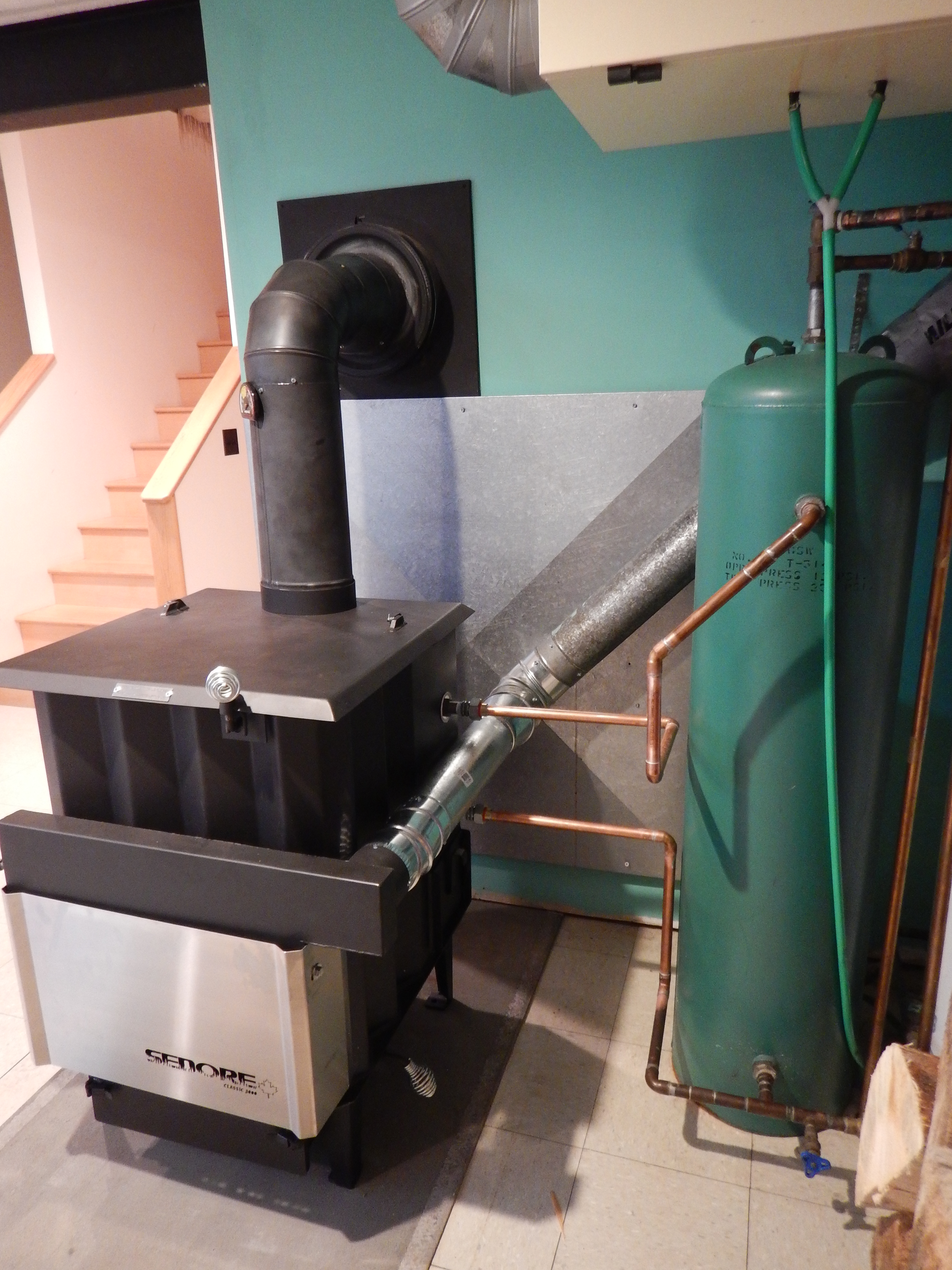 Sedore Classic 3000 installation with air manifold and radiant coil