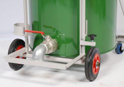 Wet-Dry Industrial Vacuum Discharge Area